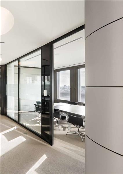 partitii. Black Bedroom Furniture Sets. Home Design Ideas